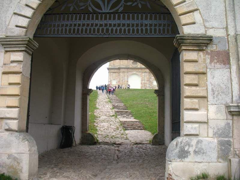 Prawie przed Łysogórkim klasztorem...